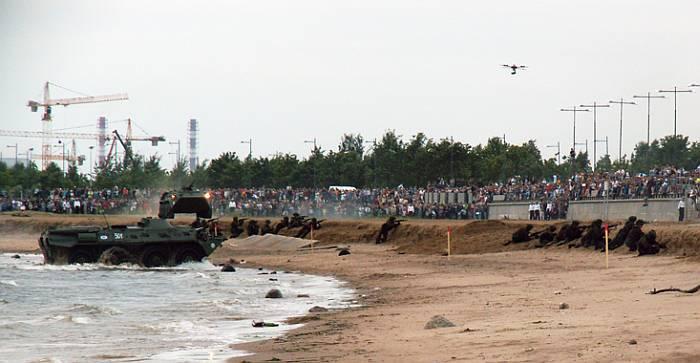 Завоевание плацдарма в зоне высадки морского десанта.