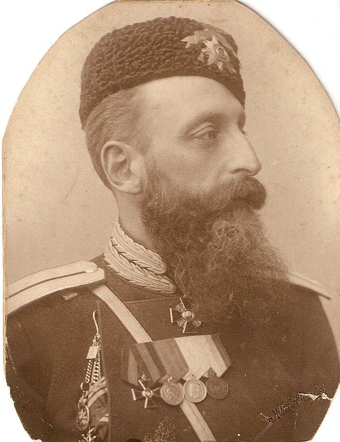 А.М. Кованько в казачьей форме. Фото из архива семьи Кованько.