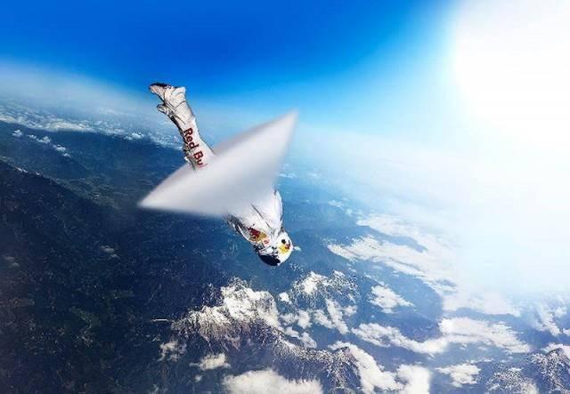 Во время прыжка Ф. Баумгартнер преодолел скорость звука. Фото из интернета