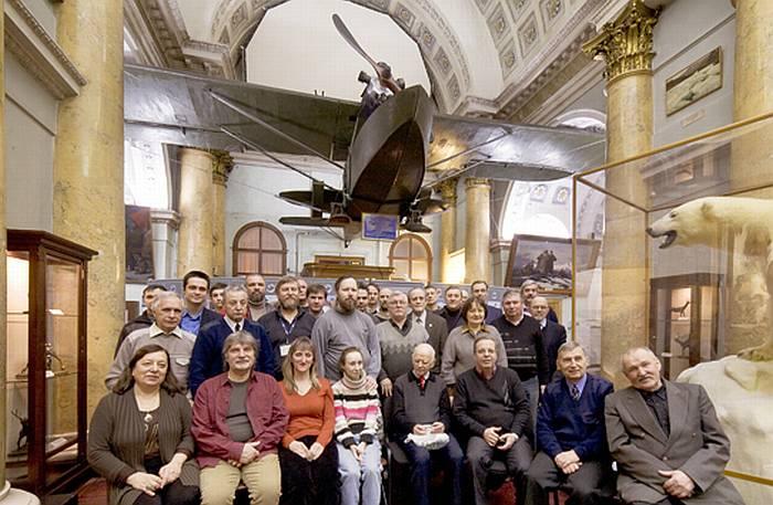 Общая фотография не смогла вместить всех присутствовавших на нашей исторической встрече. Тем не менее у каждого остались впечатления на всю жизнь.