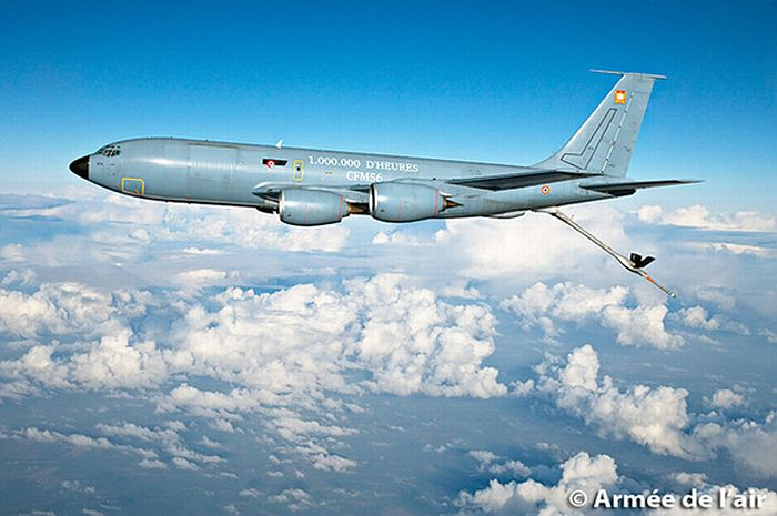 Фото французского самолёта-заправщика