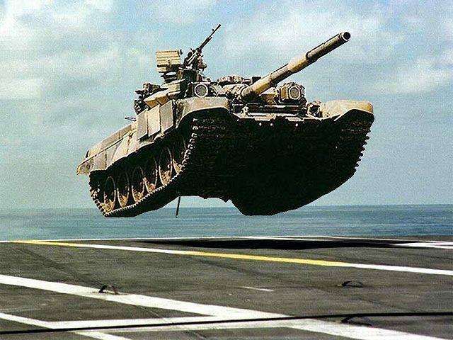 Экспериментальное десантирование среднего танка Т-90 на палубу отечественного вертолётонесущего крейсера «Москва» во время учений в Чёрном море