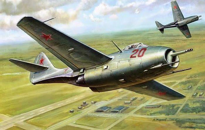 Первый советский турбореактивный истребитель МиГ-9, впервые поднявшийся в воздух 24 апреля 1946 г.
