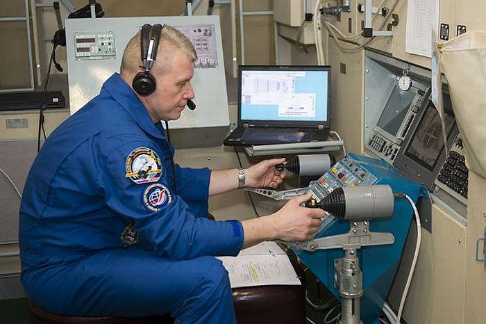 Фото как сдают экзамены в центре подготовки российских космонавтов
