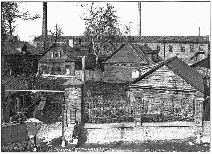 Производственная площадка РБВЗ на Строгановской набережной на Комендантском аэродроме, С.-Петербург, 1913 г.