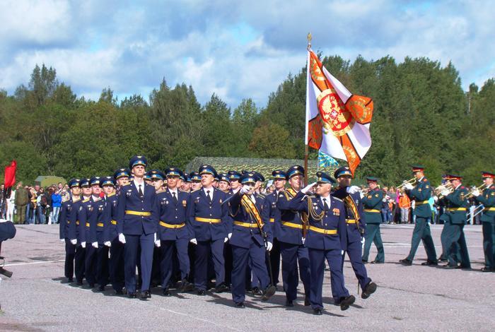 Торжественный марш современных защитников Невского края. Фото С.Н. Ганина.