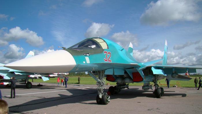 На вооружении 6-й Армии ВВС и ПВО стоит самая современная авиационная техника. Фронтовыой бомбардировщик Су-34, который показал свою мощь в Сирии. Фото С.Н. Ганина Самолёт-разведчик Су-24МР. Фото С.Н. Ганина.