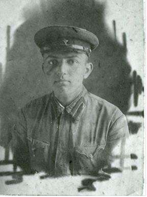 А.Л. Кемурджиан – курсант Ленинградского краснознаменного артиллерийско-технического училища