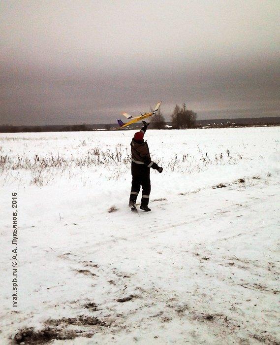 Первые секунды старта к победе. Фото А. Лукьянова
