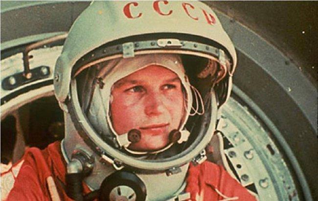 перва женщина космонавт