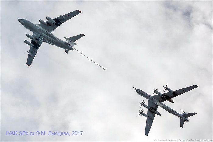 Дозаправка Ту-142М от Ил-78