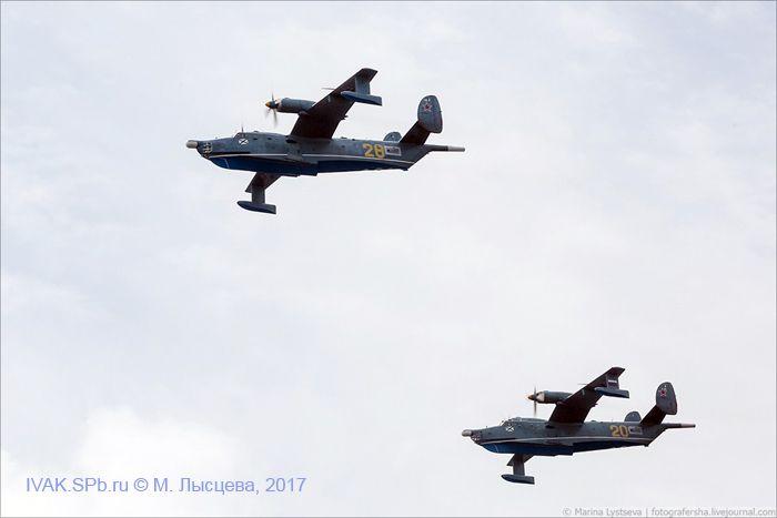 Бе-12 в полете