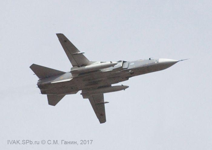 Су-24М в небе