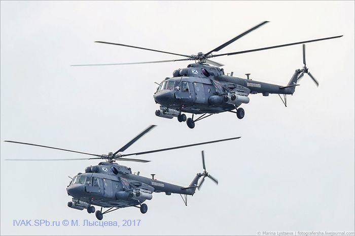 фотография летящих парой Ми-8МТВ-5