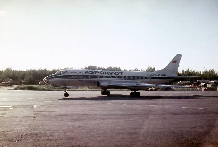 В вильнюсском аэропорту приземлился Ту-124