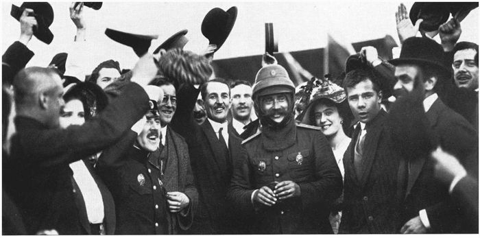 Встреча Дыбовского после перелёта в Петербурге