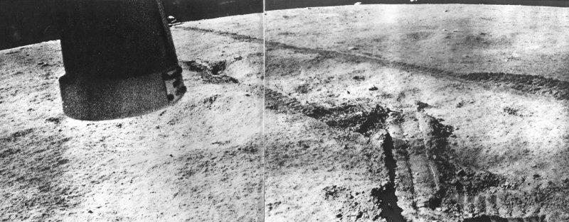 Первая колея «Лунохода-1» на Луне